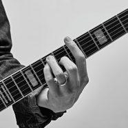 Gitarı Nasıl Deneyebiliriz? Yeni Bir Gitar Almak